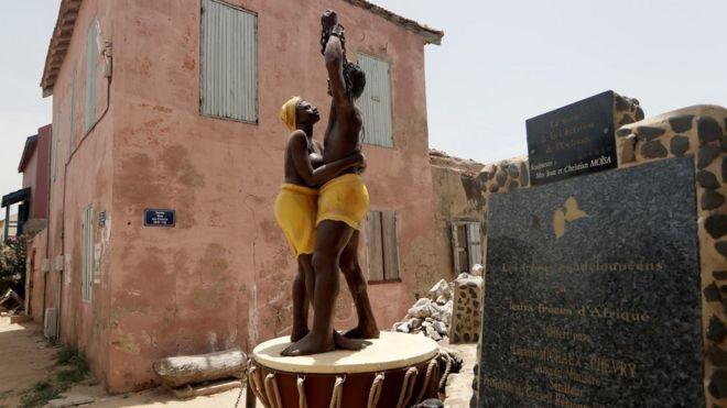 monument esclave Gorée