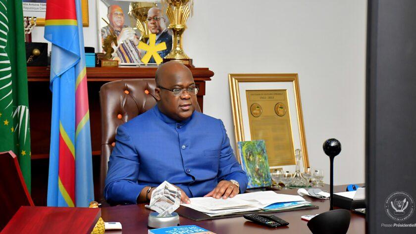 Félix Tshisekedi dans son Bureau